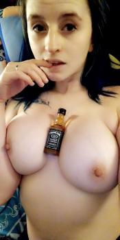 https://t60.pixhost.to/thumbs/117/232355474_01.jpg