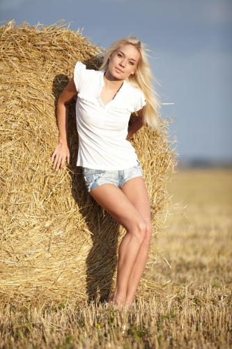 228862305_aljena_a_zones_by_maslof_nude__sexy_photo_set.jpg