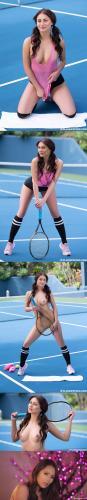 Playboy PlayboyPlus.com 17.01.01 Noemi.Moon.Love.Set.Match playboy 08090