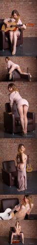 FameGirls Foxy- 072 x1213840x5760 - Girlsdelta