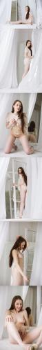 FameGirls Isabella- 022 x1353840x5760 - Girlsdelta