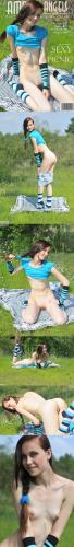 AmourAngels 2011-11-05 - Lilya - SEXY PICNICReal Street Angels