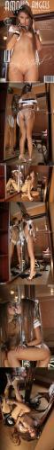 AmourAngels 2011-09-30 - Sunna - Sexy Maid - Girlsdelta