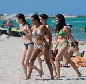 maia-reficco-bikini-miami-beach-4kff9222dkkfyen4027.jpg